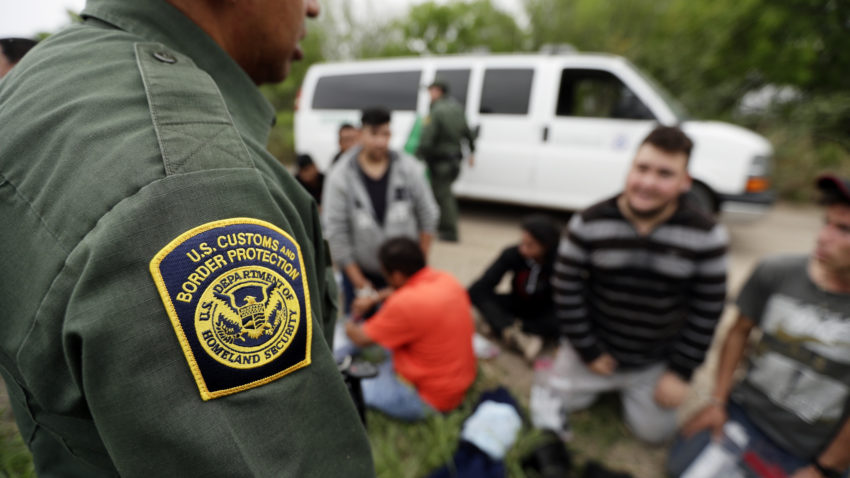 Donald Trump quietly shuts down asylum at U.S. borders, citing coronavirus 1