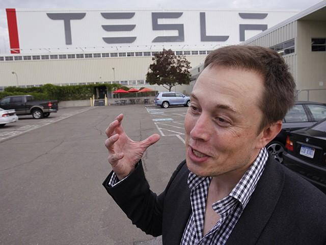 Elon Musk's Tesla Factory Up and Running in Defiance of California's Coronavirus Lockdown 1