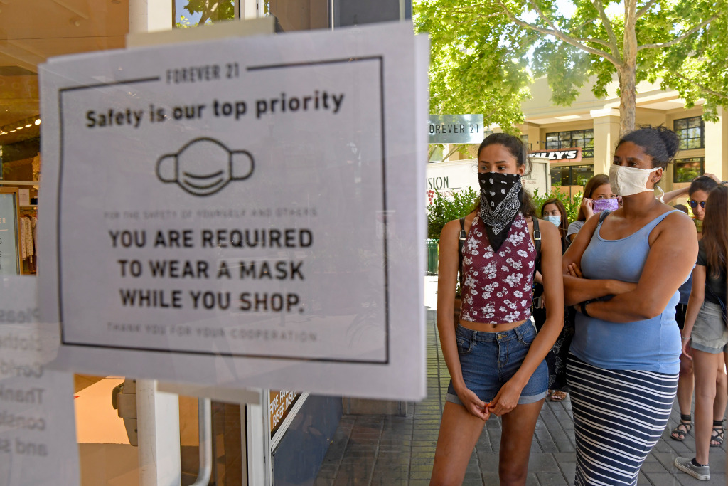 Coronavirus: Here's who has to wear a mask in California and when 1