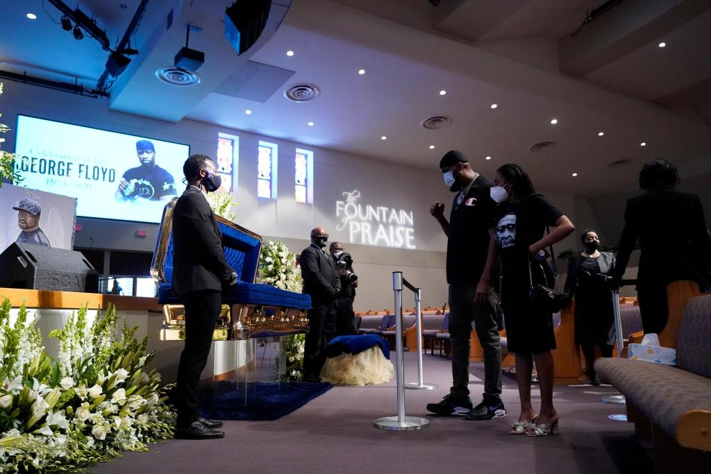 """Funeral held for George Floyd: """"He is going to change the world"""" 1"""