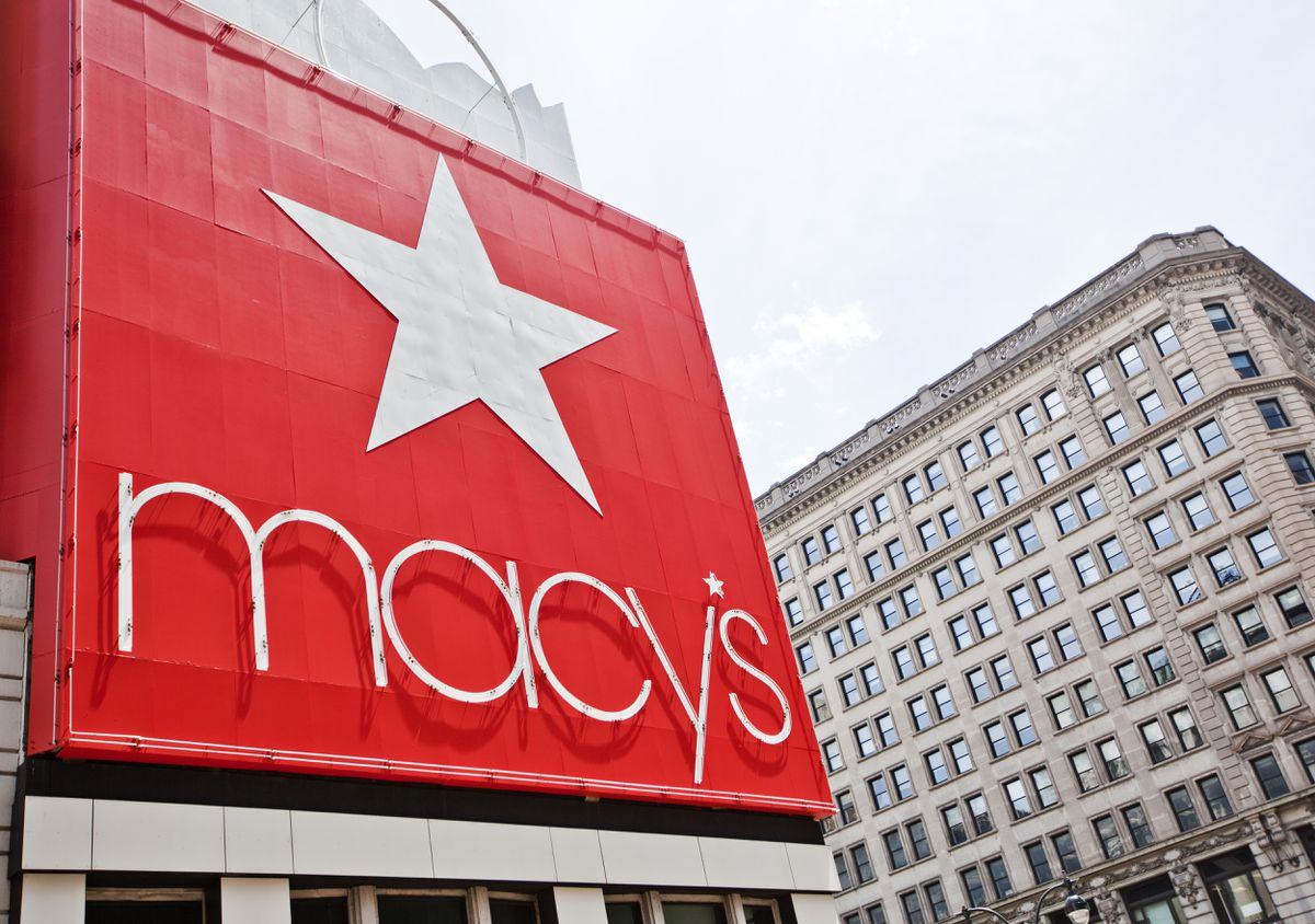 Macy's shows signs of post-lockdown life as customers flood back, losses less than anticipated 1