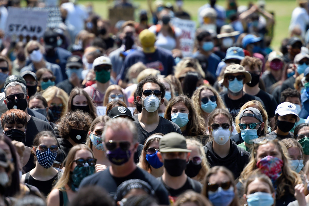 New coronavirus mandate: Californians required to wear masks in most public settings 1