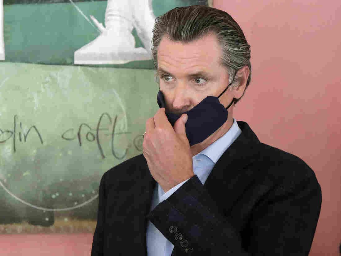 California Gov. Newsom Makes Face Masks Mandatory Amid Rising Coronavirus Cases 1