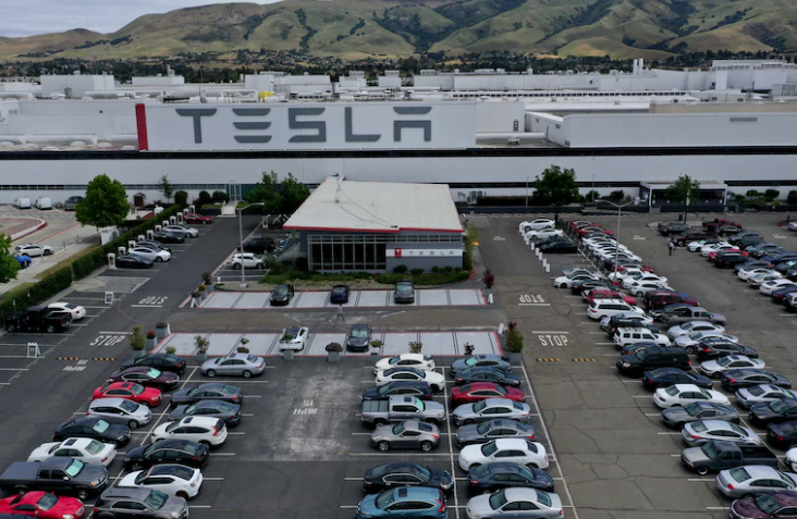 Tesla Employees Tested Positive For COVID-19 Days After Company Fought Alameda County To Re-Open 1