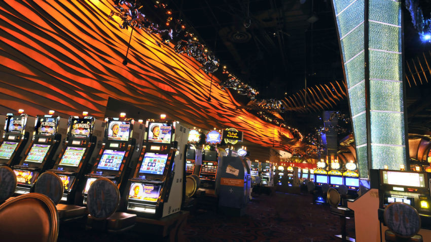 Conn. casinos report strong revenues after reopening from COVID-19 1
