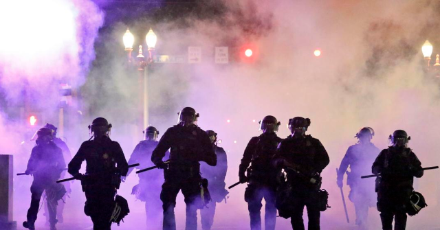 Portland, Oregon Fourth of July: Police Declare Riot Twice in 24 Hours 1