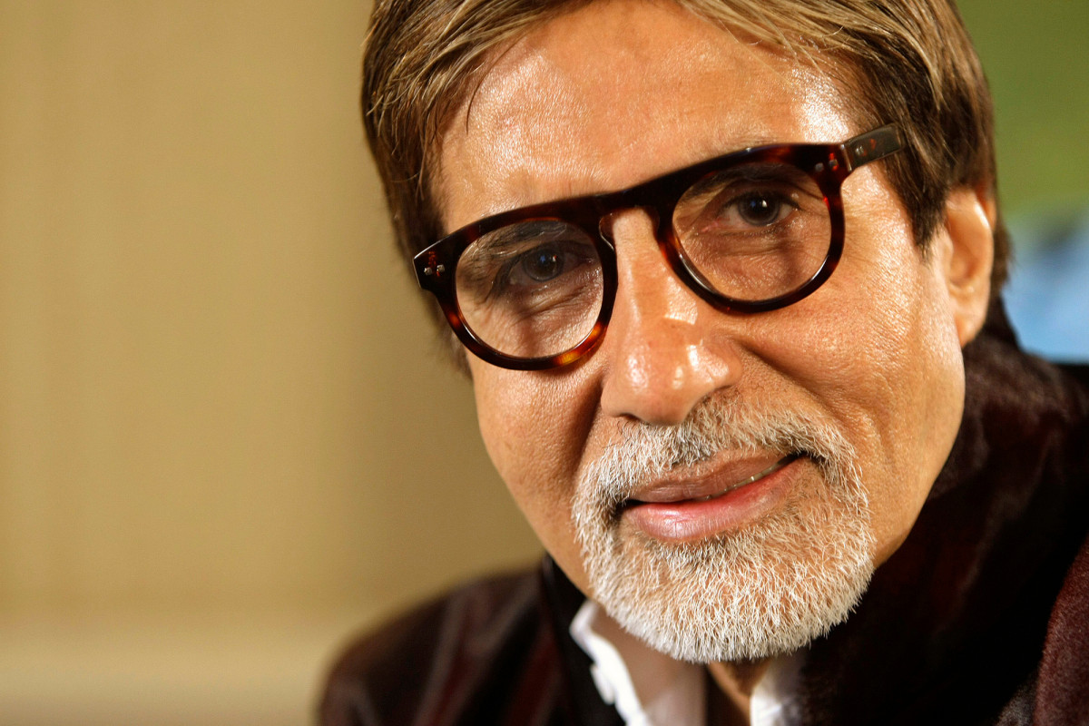 Bollywood star Amitabh Bachchan recovers from coronavirus 1