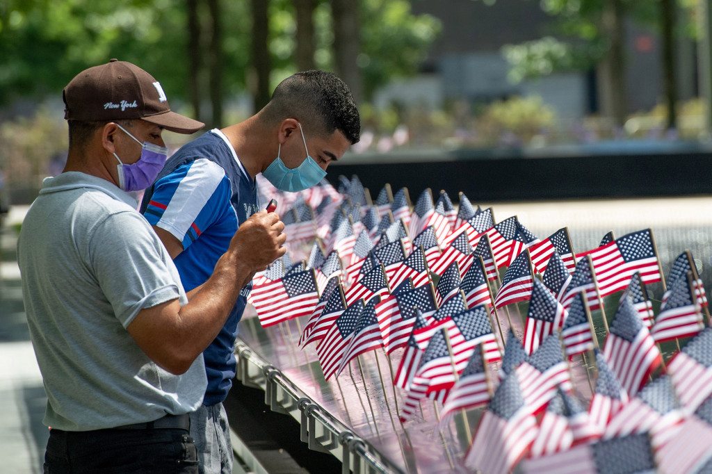 9/11 Memorial reopens after closing amid COVID-19 outbreak 1