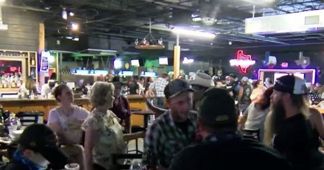 Bar Hosts 'Texas Bars Fight Back Rally' in Protest of Coronavirus Shutdown Orders 1