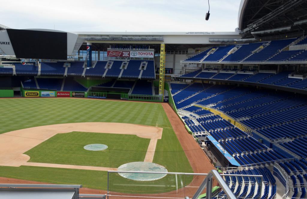 MLB Temporarily Suspends Miami Marlins' Season Over COVID-19 Cases 1