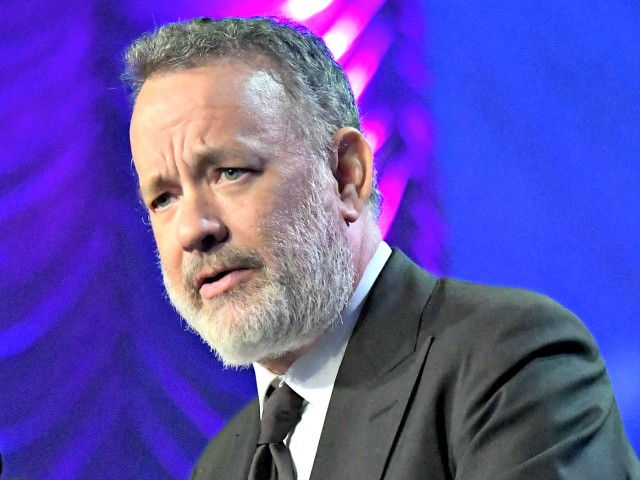 Tom Hanks Questions the Patriotism of Americans Who Don't Wear Masks 1