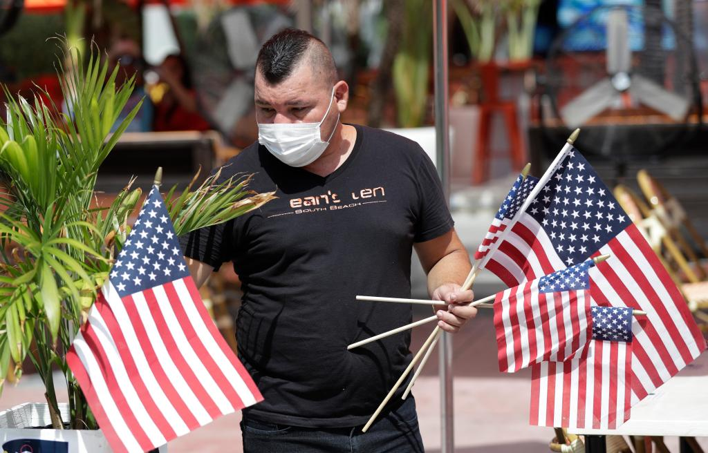 The Latest: China says Beijing's coronavirus outbreak wanes 1