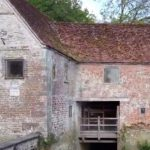 1,000-year-old British flour mill helps bread-making during lockdown 15
