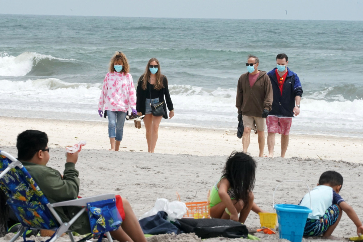 Some LI beaches forced to turn away visitors within hours of opening 1