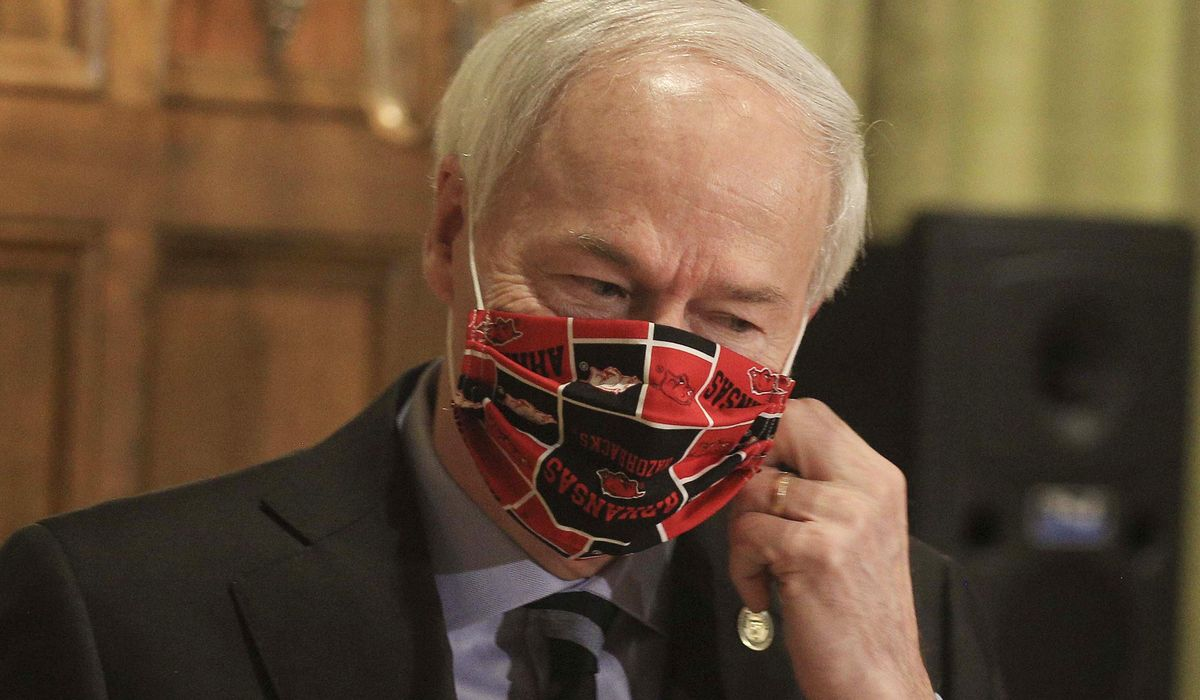 Arkansas governor: Masks 'shouldn't be about politics' 1