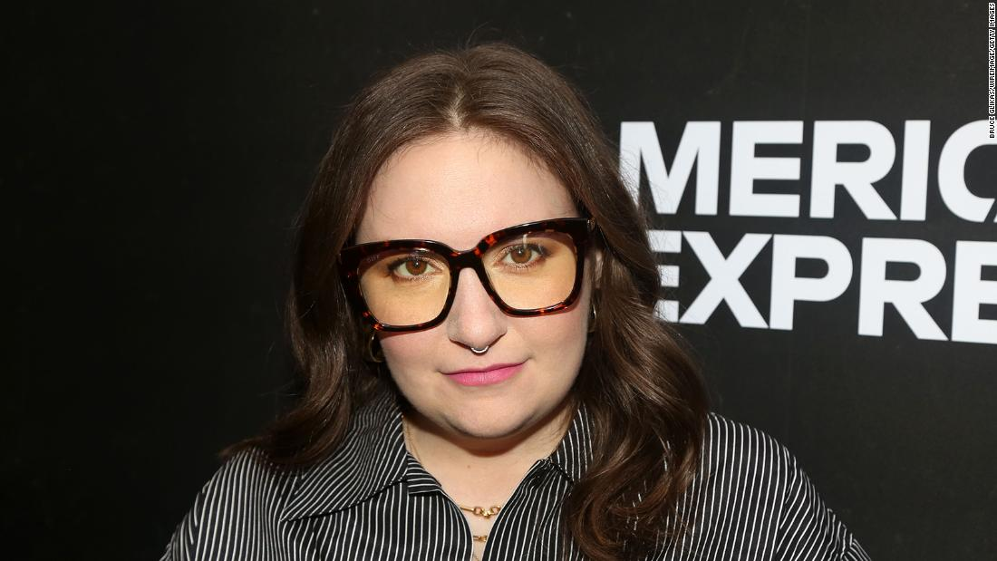 Lena Dunham says her coronavirus symptoms went on for weeks 1