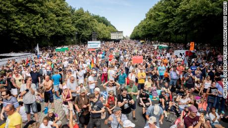 Thousands gather in Berlin to protest Covid-19 restrictions 1