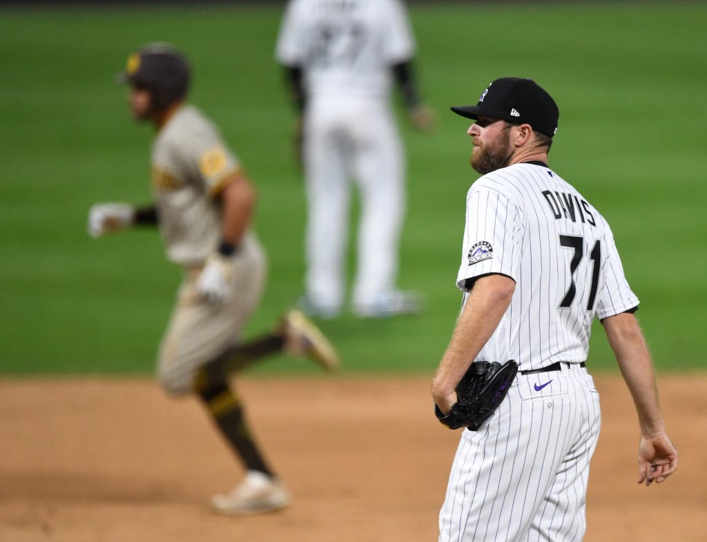 Wade Davis shelled in ninth as Rockies see opening day lead slip away 1