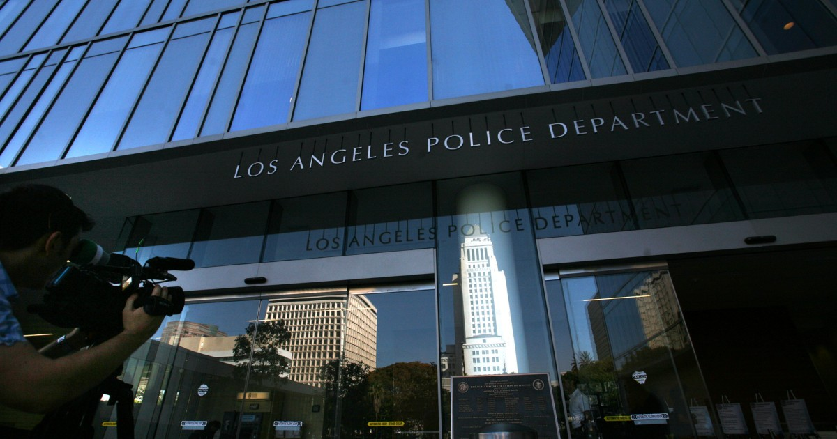 LAPD detain, cite two videographers after declaring downtown protest unlawful 1