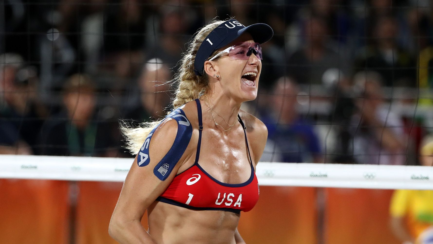 Kerri Walsh Jennings Ignites Outrage Over Not Wearing A Mask, Says She Feels 'Brave' 1