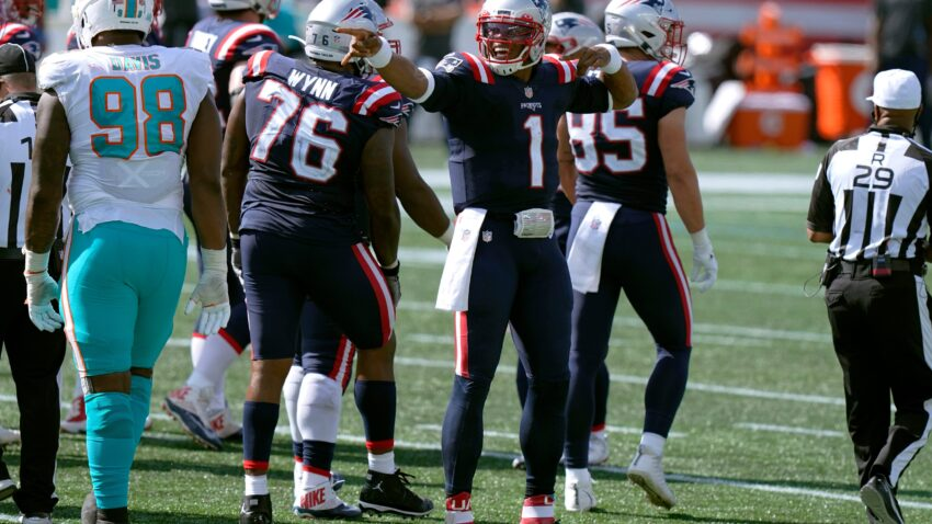 What NFL experts are saying about the Patriots' win over the Dolphins 1