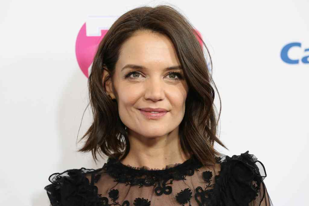 After Tom Cruise and Jamie Foxx, Katie Holmes openly enjoys date nights with celebrity chef 1