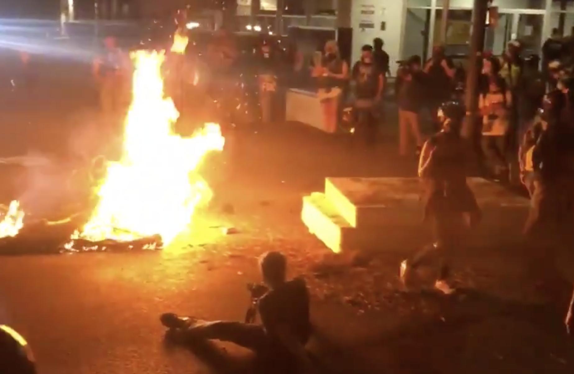 Rioting Continues In Democrat-Run U.S. Cities Over Labor Day Weekend 1