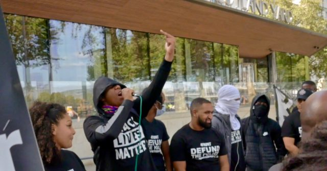 Watch: BLM Protesters Chant 'F*ck The Police', Call for Commissioner to Resign 1