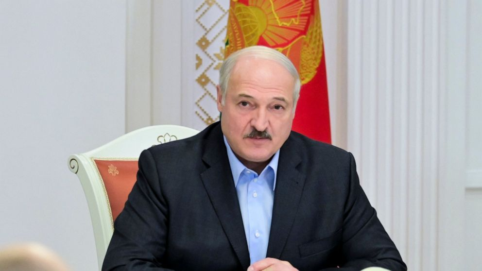 Belarus leader visits Russia to secure support amid protests 1