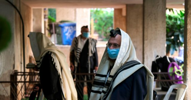 Virus-Battered Israel to Spend High Holidays in Coronavirus Lockdown 1