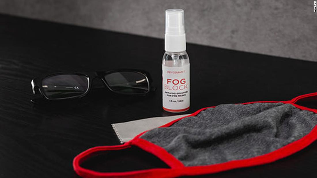 This spray prevents glasses from fogging while wearing a mask 1