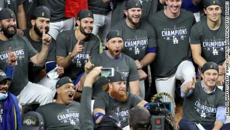 Player pulled during World Series game after positive Covid-19 test returns for celebration 1