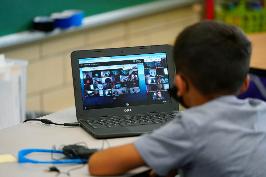 In-person, hybrid or remote learning? Here's how Denver-area schools are hosting classes 1