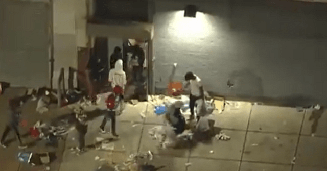 Watch: Aerial Footage Shows Protesters Looting in Philadelphia 1