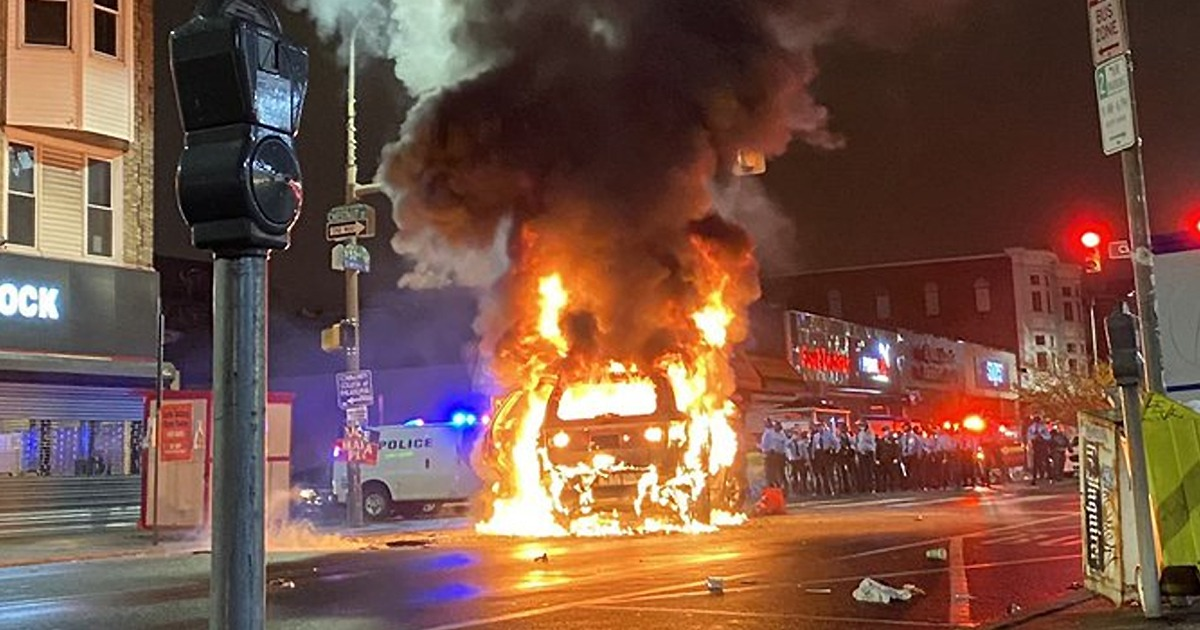 VIDEO: Riots in Philadelphia Injure 30 Police Officers; See 91 Arrests 1