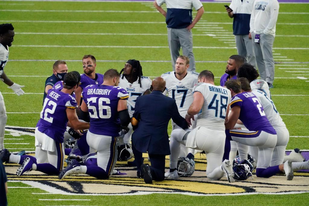 NFL postpones Broncos-Patriots game indefinitely 1