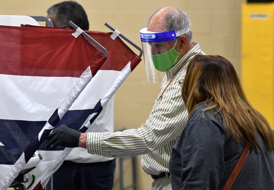 Tennessee voters with COVID-19 can now vote in-person at special sites under new guidelines 1