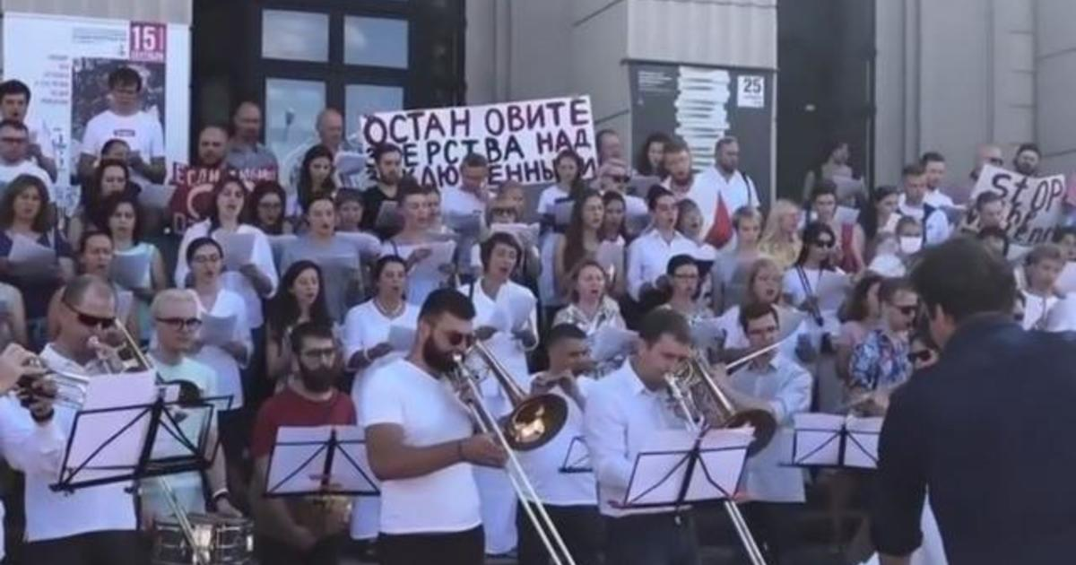 Bringing music to the front lines of the Belarus protests 1