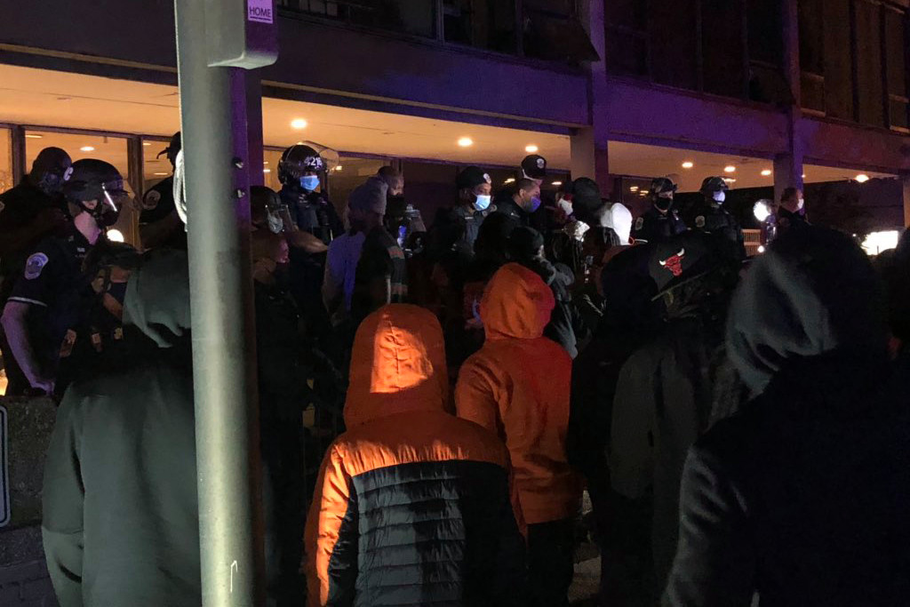 Protests erupt in DC after man dies in moped crash during police chase 1