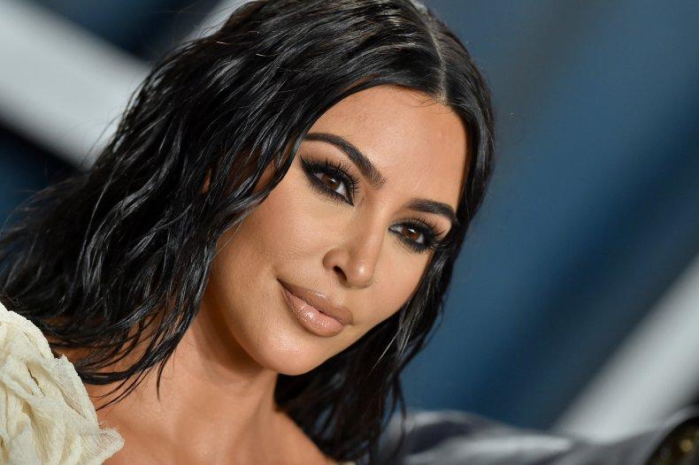 Kim Kardashian Memes Take Over the Internet After TV Star's Maskless Private Island Birthday Bash 1