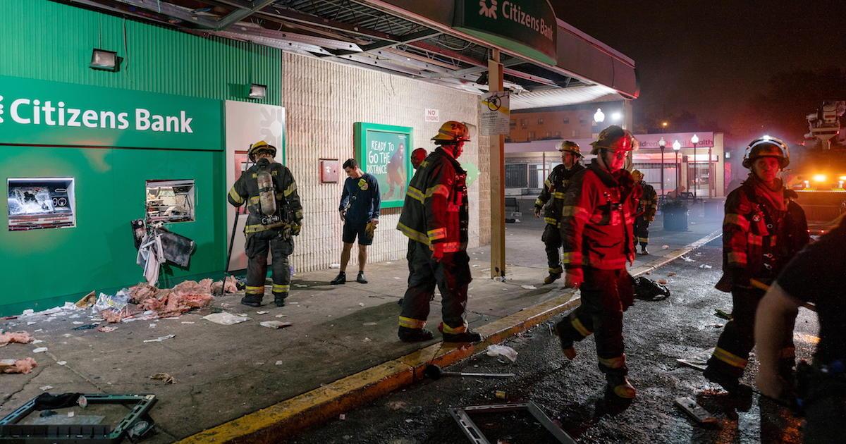 Police fatally shoot Black man, sparking protests in Philadelphia 1