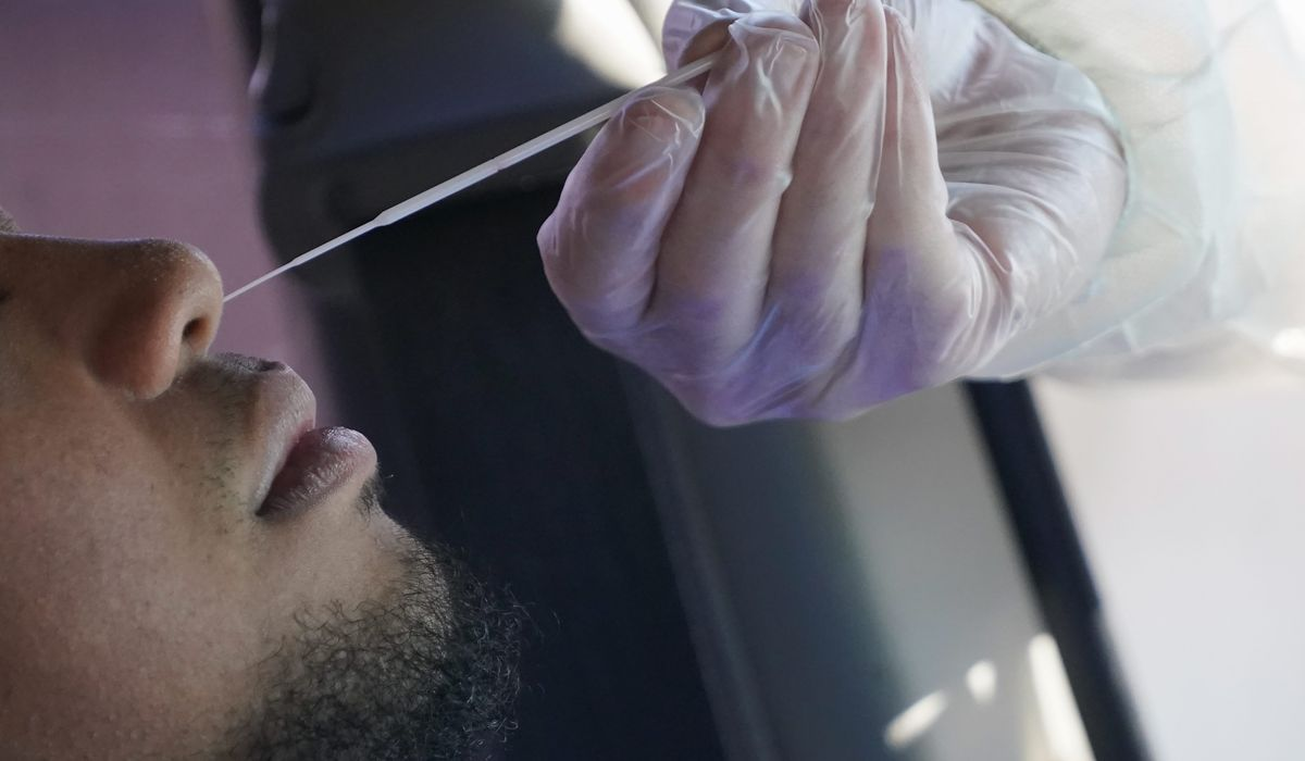 Health experts ask U.S. to buckle down as coronavirus cases rise 1