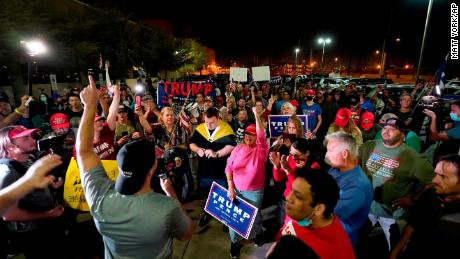 Demonstrators gather in cities and outside election offices amid election tensions 1