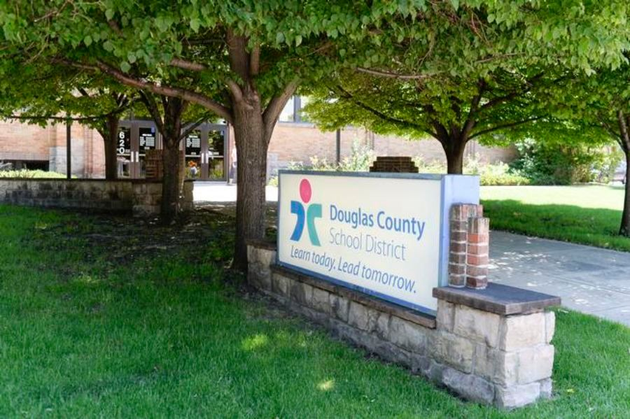 Douglas County School District will go remote after Thanksgiving due to COVID-19 surge 1