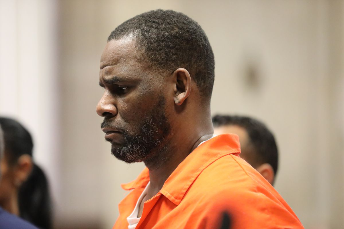 Facing potentially decades in prison, R. Kelly 'hopeful' despite jail beating, COVID-19 lockdown 1
