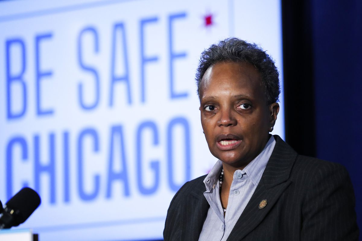 Starting Monday, Mayor Lori Lightfoot imposing 10-person limit on weddings, funerals and other events, urges people to stay home as COVID-19 cases spike 1