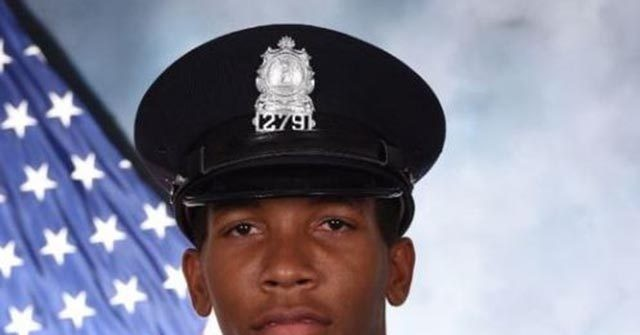 Virginia Police Officer Saves Woman Who Attempted to Set Herself on Fire 1