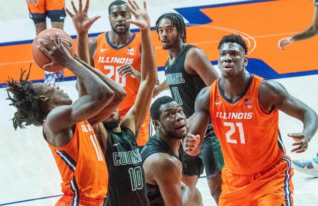 College basketball: Gonzaga beats Kansas in season opener, Illinois defeats Chicago State, VCU falls to West Virginia 1