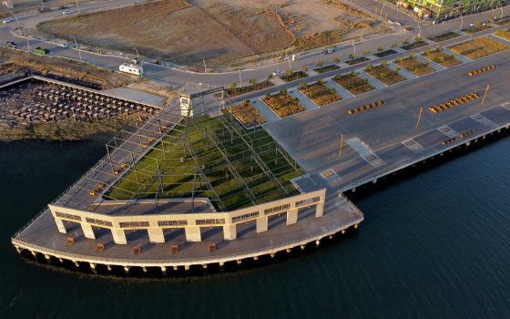 Drone Photos and video: Township Commons waterfront park opens at Brooklyn Basin in Oakland 1