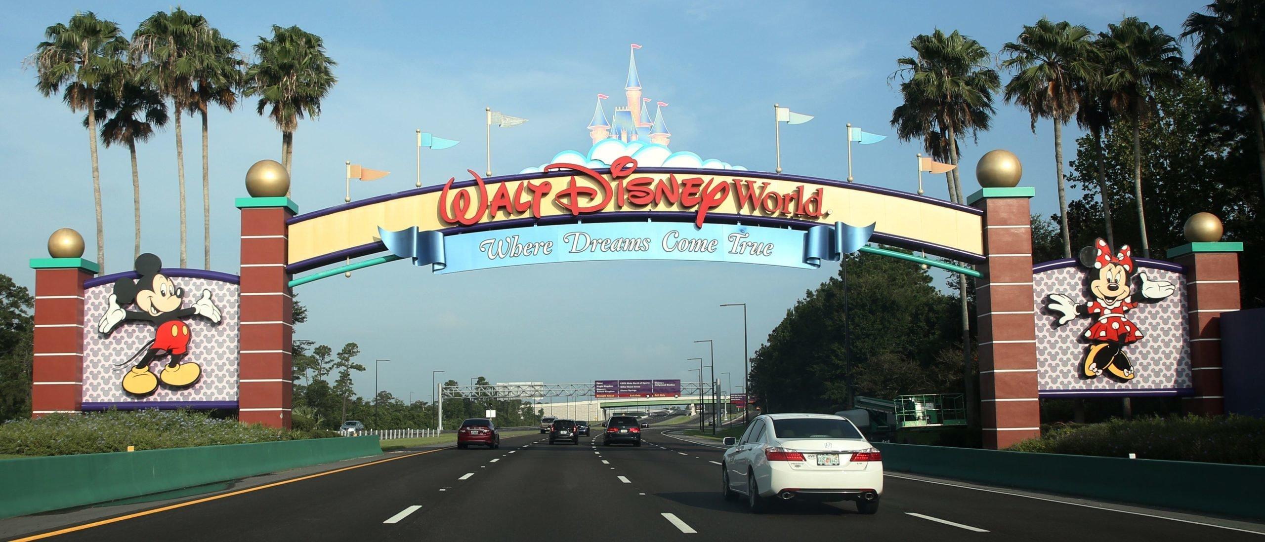 Disney to lay off 32,000 workers as coronavirus devastates theme parks 1